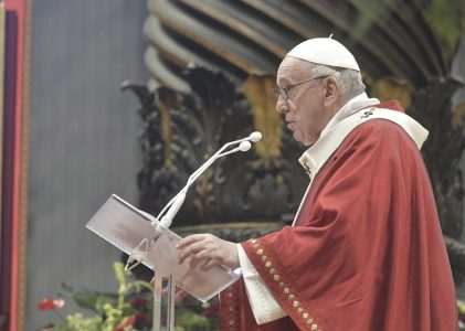 Seamos como San Pedro y San Pablo, apóstoles de la liberación: Papa Francisco